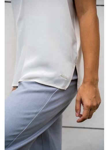 Silk and Cashmere İpek Karişimli Monica V Yaka Yarasa Kol Bluz Taş